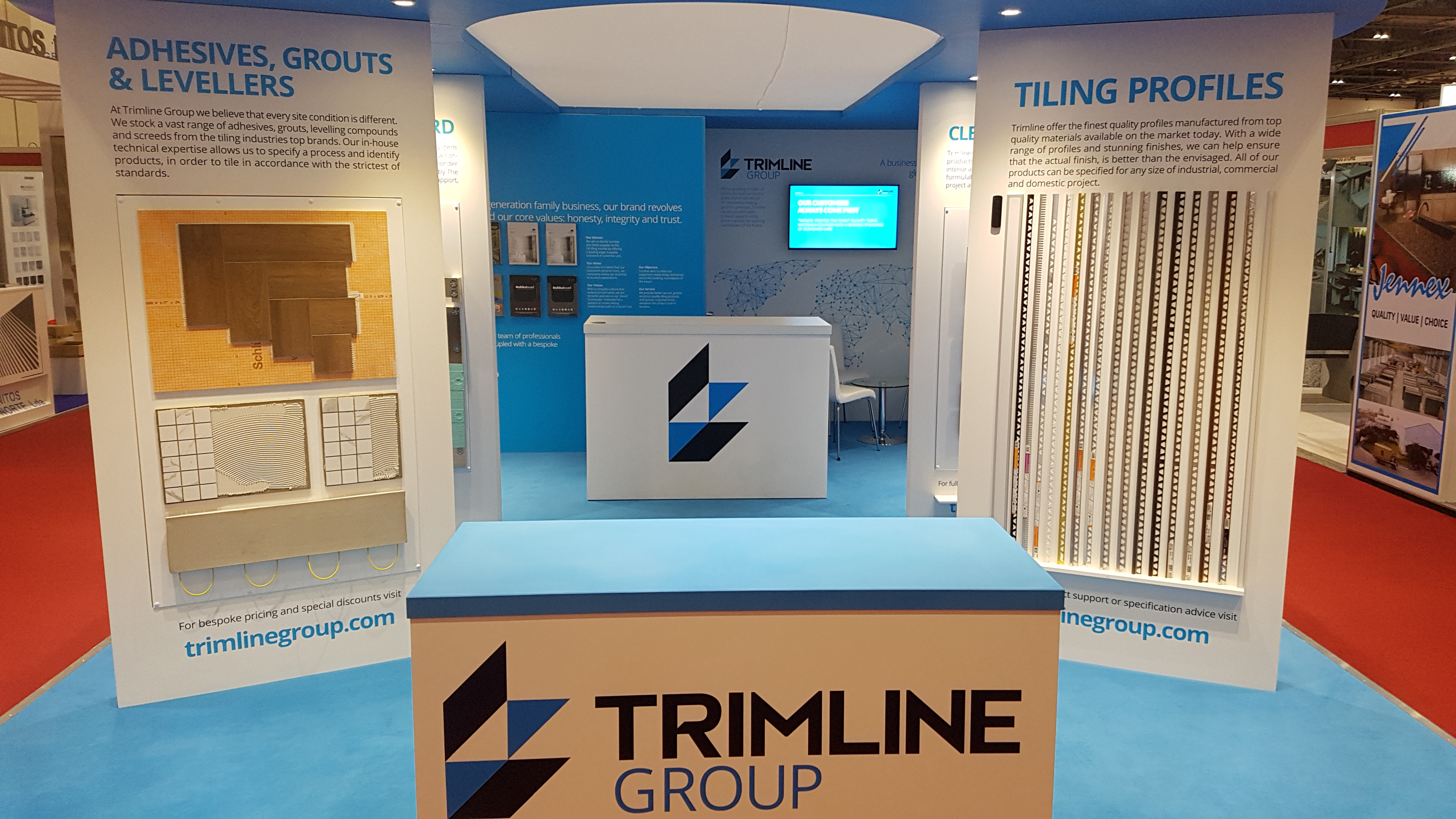 Trimline Natural Stone Show Stand